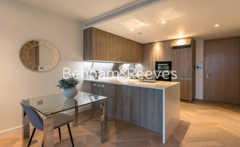 1 bedroom(s) flat to rent in Principal Tower, Worship Street, City EC2-image 2