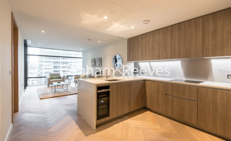 1 bedroom(s) flat to rent in Principal Tower, Worship Street, City EC2-image 3
