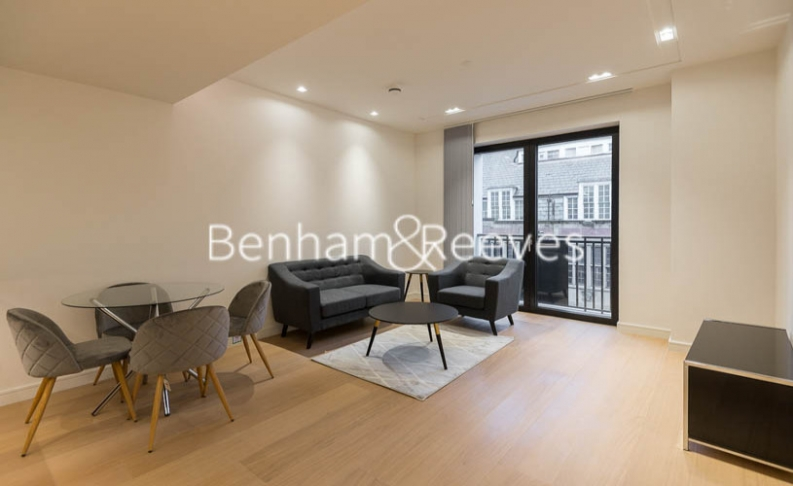 2 bedroom(s) flat to rent in Lincoln Square, Portugal Street, WC2A-image 1