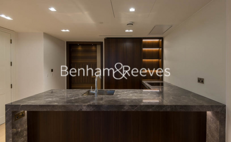 2 bedroom(s) flat to rent in Lincoln Square, Portugal Street, WC2A-image 8