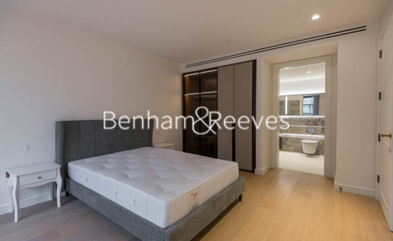 2 bedroom(s) flat to rent in Lincoln Square, Portugal Street, WC2A-image 9