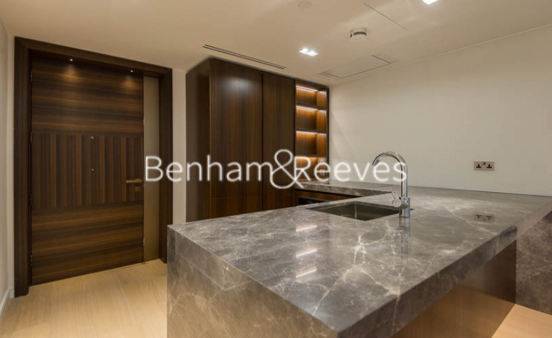 2 bedroom(s) flat to rent in Lincoln Square, Portugal Street, WC2A-image 13