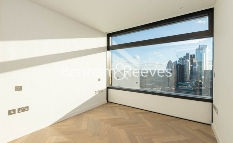 3 bedroom(s) flat to rent in Principal Tower, City, EC2A-image 3