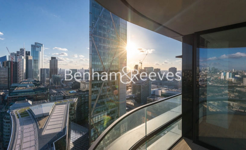 3 bedroom(s) flat to rent in Principal Tower, City, EC2A-image 5