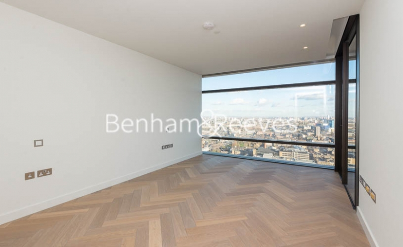 3 bedroom(s) flat to rent in Principal Tower, City, EC2A-image 16