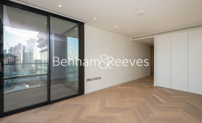 3 bedroom(s) flat to rent in Principal Tower, City, EC2A-image 17