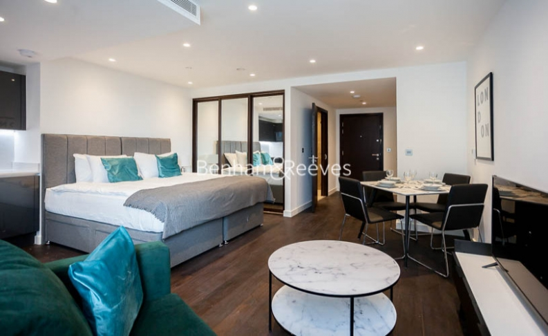 Studio flat to rent in Sage Building, Royal Mint Street, E1-image 1