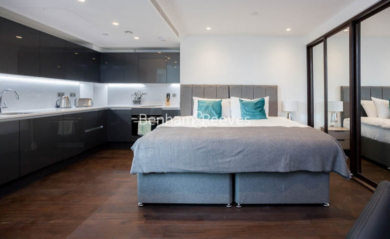 Studio flat to rent in Sage Building, Royal Mint Street, E1-image 7