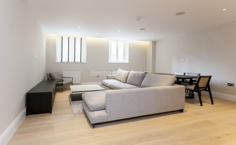 3 bedroom(s) flat to rent in Bell Yard, City, WC2A-image 1