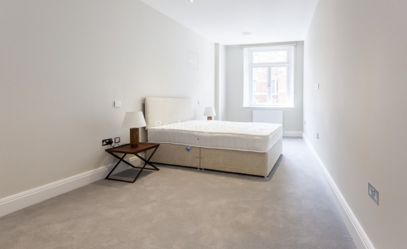 3 bedroom(s) flat to rent in Bell Yard, City, WC2A-image 6