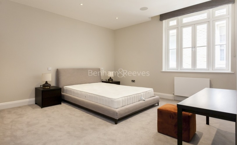 3 bedroom(s) flat to rent in Bell Yard, City, WC2A-image 15