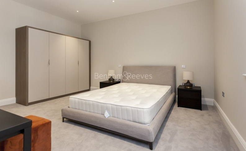 3 bedroom(s) flat to rent in Bell Yard, City, WC2A-image 17