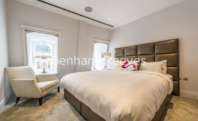 3 bedroom(s) flat to rent in Aldwych, Holborn, City, WC2A-image 18