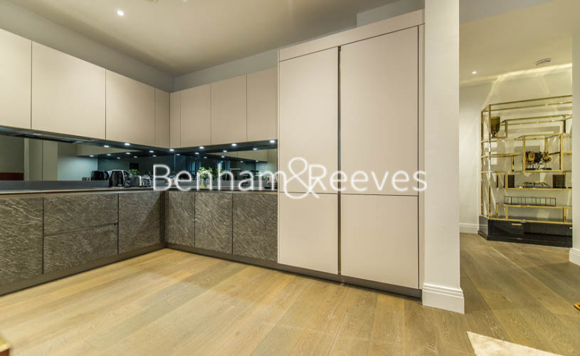 3 bedroom(s) flat to rent in Aldwych, City, WC2A-image 2