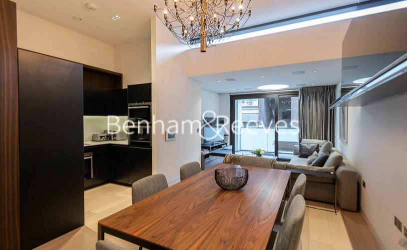 2 bedroom(s) flat to rent in Roman House, Barbican, EC2Y-image 3