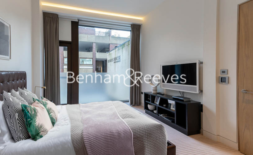 2 bedroom(s) flat to rent in Roman House, Barbican, EC2Y-image 9