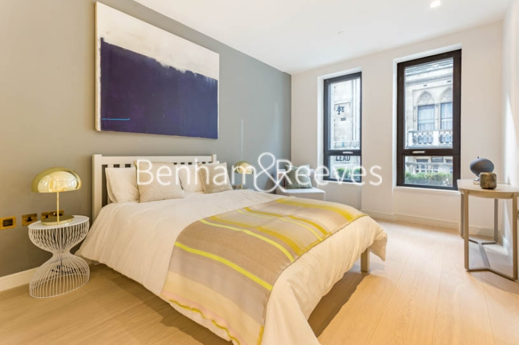 1 bedroom(s) flat to rent in Lincoln Square, 18 Portugal Street, WC2A-image 3