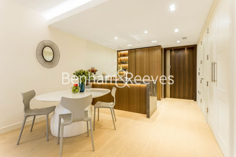 1 bedroom(s) flat to rent in Lincoln Square, 18 Portugal Street, WC2A-image 16