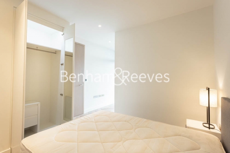 1 bedroom(s) flat to rent in Principal Tower, Worship Street, EC2A-image 13