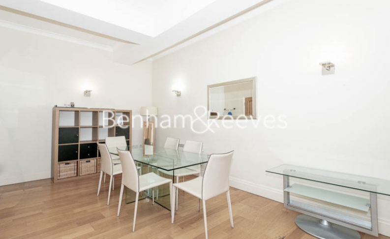 2 bedroom(s) flat to rent in Temple House, Temple Avenue, EC4Y-image 3