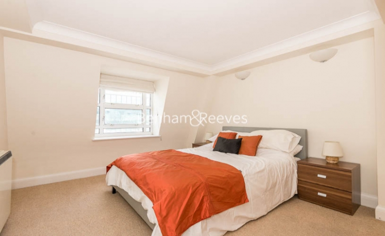 2 bedroom(s) flat to rent in North Block, Chicheley Street, SE1-image 4