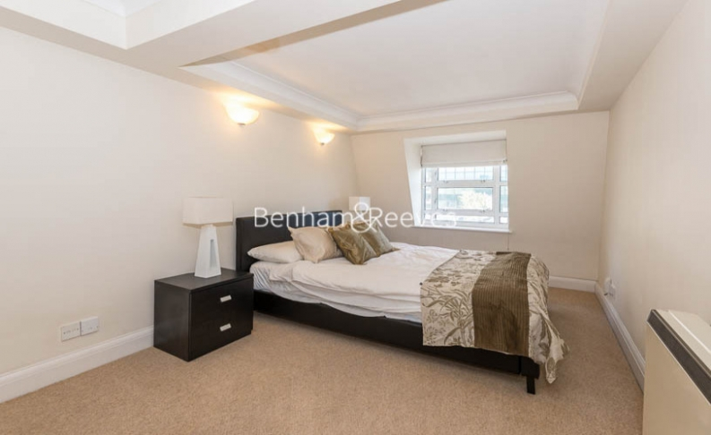 2 bedroom(s) flat to rent in North Block, Chicheley Street, SE1-image 10