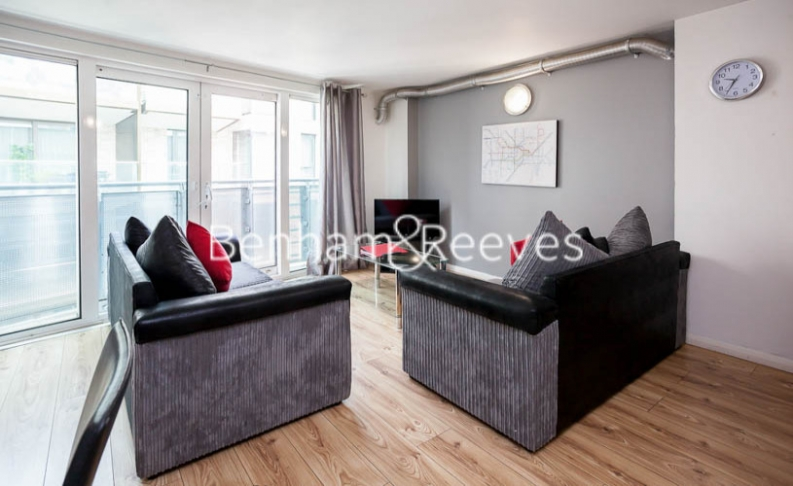 2 bedroom(s) flat to rent in Macclesfield Road, Finsbury, EC1V-image 5