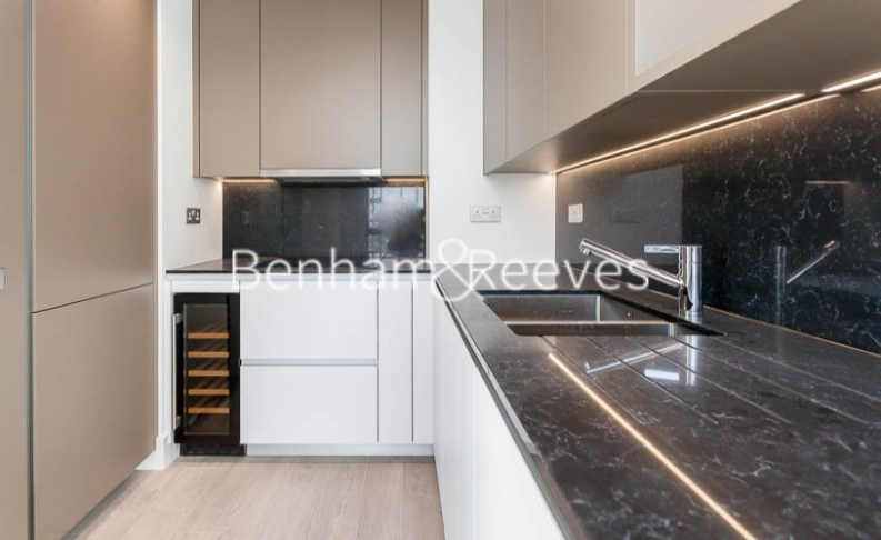 1 bedroom(s) flat to rent in City Road , Shoreditch, EC1V-image 2