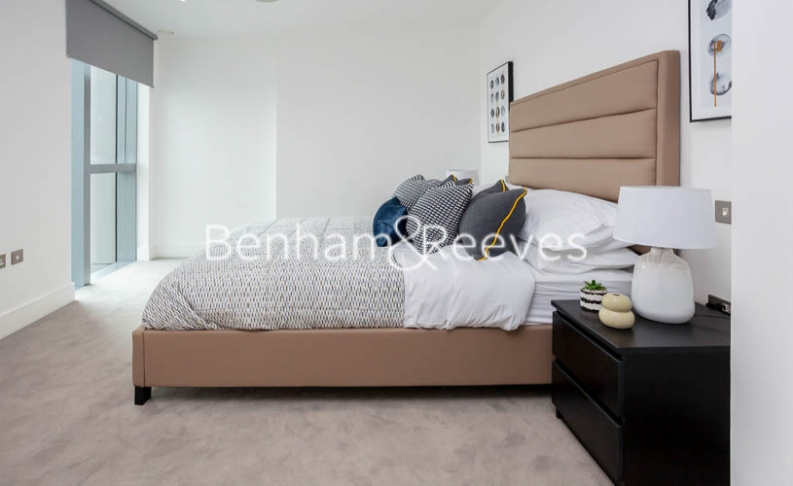 1 bedroom(s) flat to rent in City Road , Shoreditch, EC1V-image 3