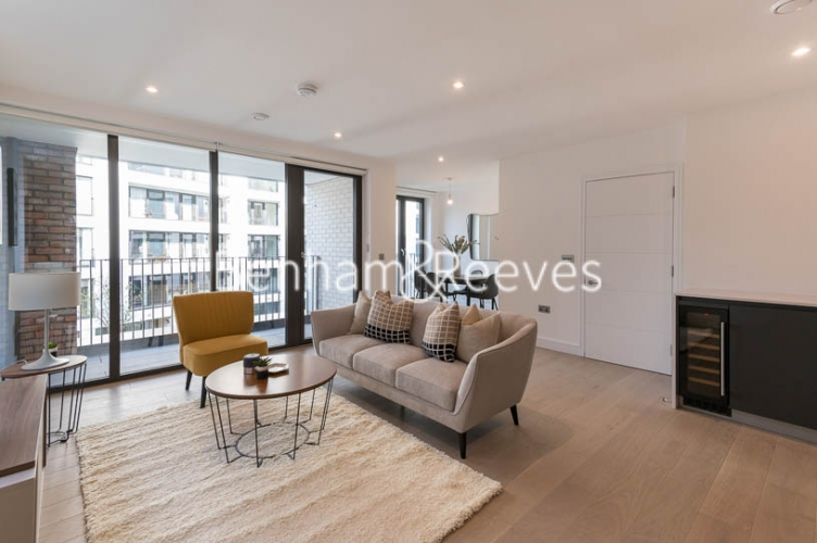 2 bedroom(s) flat to rent in Gorsuch Place, Shoreditch, E2-image 1
