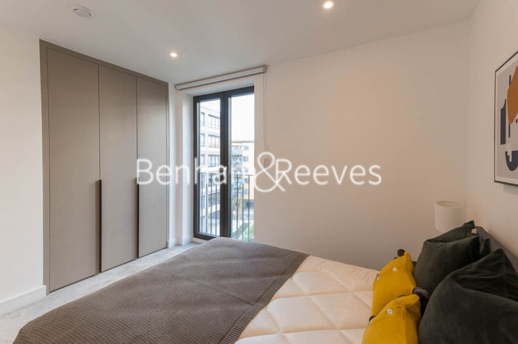 2 bedroom(s) flat to rent in Gorsuch Place, Shoreditch, E2-image 13
