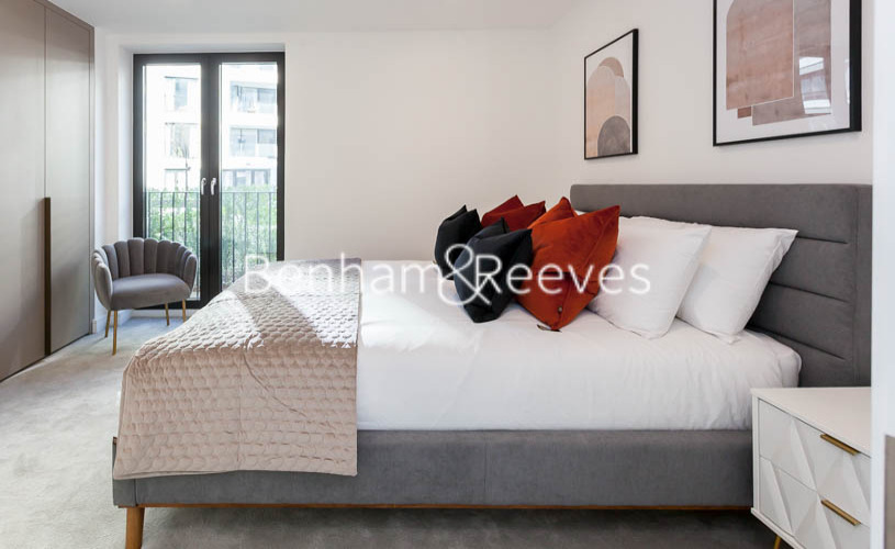 2 bedroom(s) flat to rent in Gorsuch Place, Nine Elms, E2-image 3