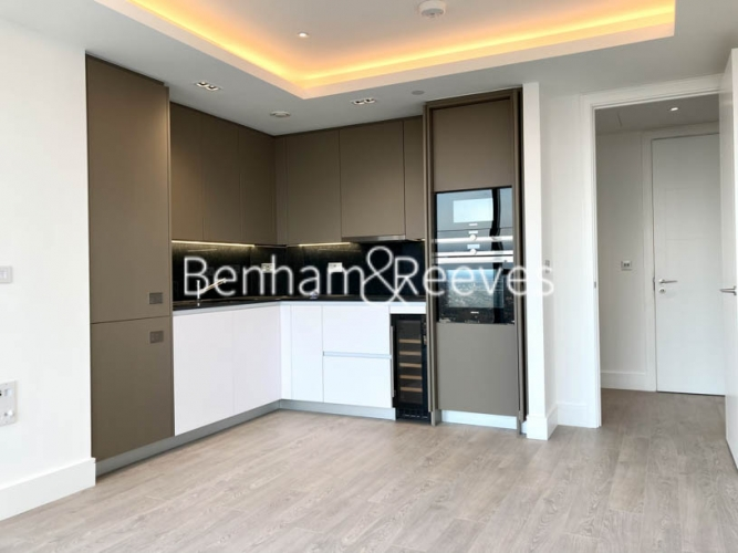 2 bedroom(s) flat to rent in 250 City Road,Islington,EC1V-image 2
