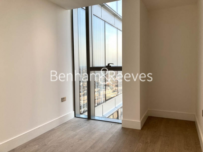 2 bedroom(s) flat to rent in 250 City Road,Islington,EC1V-image 9