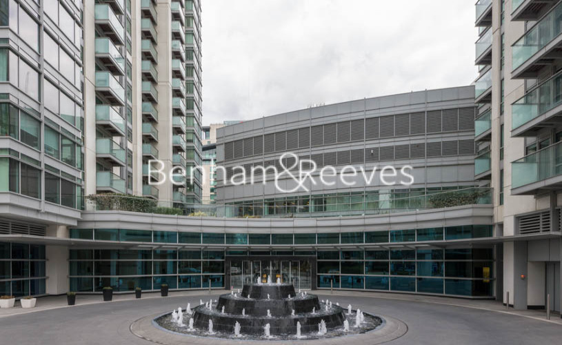 1 bedroom(s) flat to rent in Pan Peninsula Square, Canary Wharf, E14-image 5