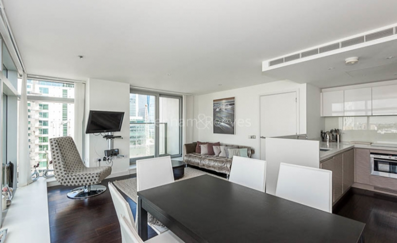 2 bedroom(s) flat to rent in Pan Peninsula West, Canary Wharf, E14-image 3