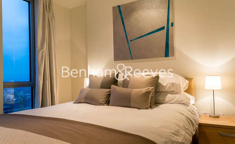 2 bedroom(s) flat to rent in Pan Peninsula Square, Canary Wharf, E14-image 11