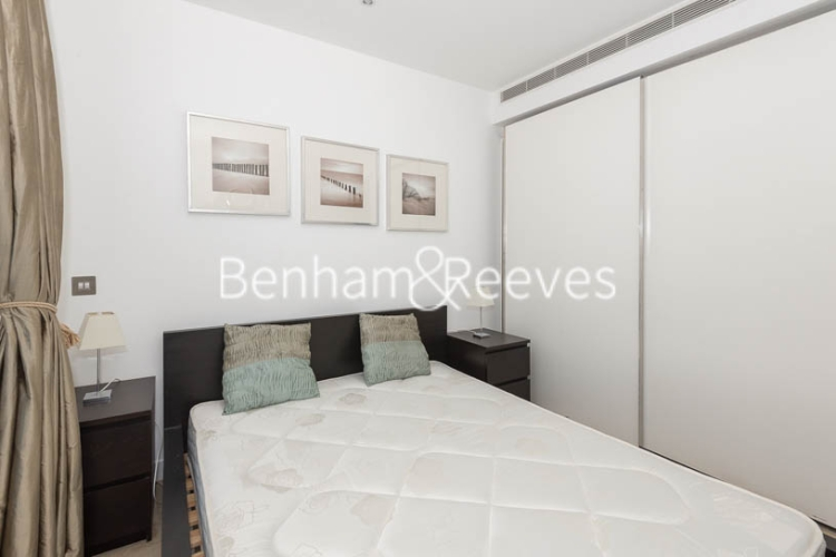 1 bedroom(s) flat to rent in Pan Peninsula West Tower, Canary Wharf, E14-image 3