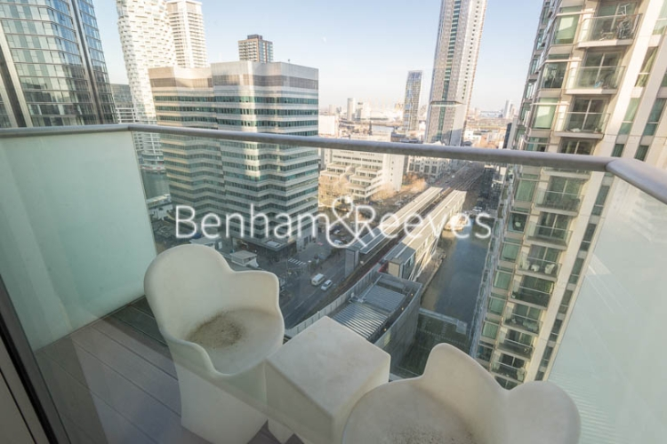 1 bedroom(s) flat to rent in Pan Peninsula West Tower, Canary Wharf, E14-image 5