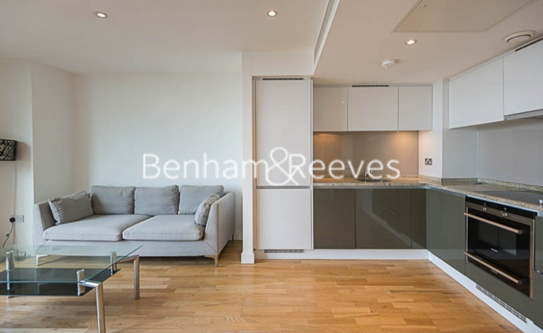 1 bedroom(s) flat to rent in Landmark East, Canary Wharf, E14-image 7