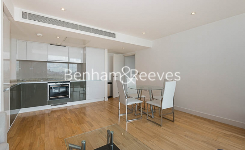 1 bedroom(s) flat to rent in Landmark East, Canary Wharf, E14-image 8