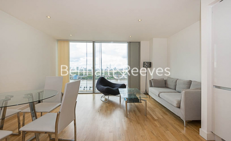 1 bedroom(s) flat to rent in Landmark East, Canary Wharf, E14-image 11