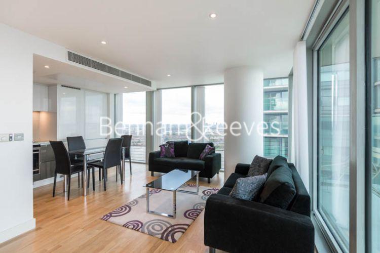 2 bedroom(s) flat to rent in Landmark East, Marsh Wall, E14-image 1