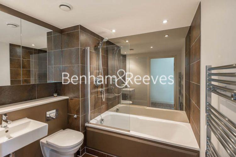 2 bedroom(s) flat to rent in Landmark East, Marsh Wall, E14-image 6