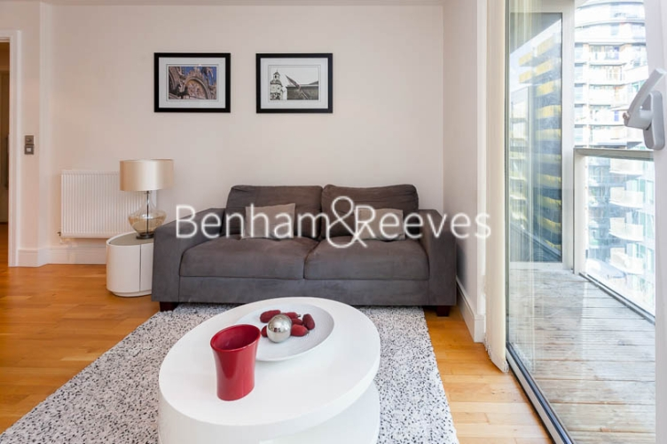 1 bedroom(s) flat to rent in Cobalt Point, Canary Wharf, E14-image 1