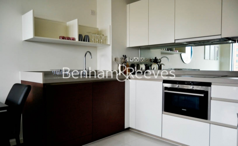 1 bedroom(s) flat to rent in Baltimore Wharf, Oakland Quay, E14-image 2