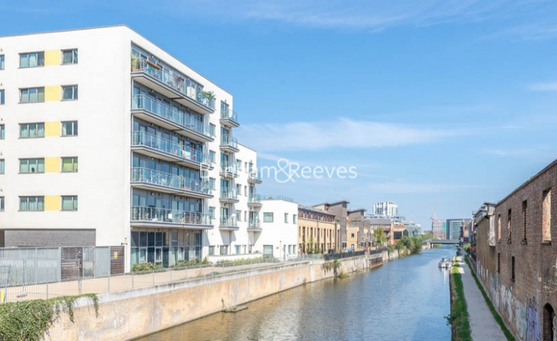 1 bedroom(s) flat to rent in Diprose Court, Canary Wharf, E3-image 5
