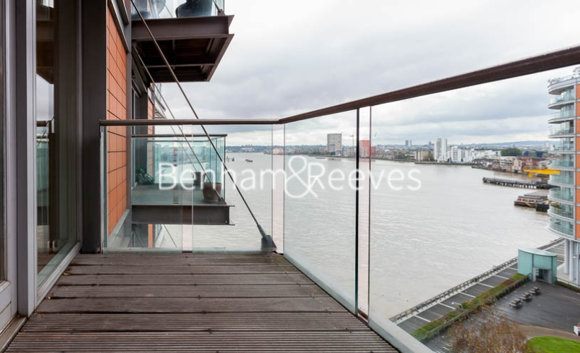 1 bedroom(s) flat to rent in New Providence Wharf, Canary Wharf, E14-image 5