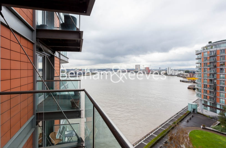 1 bedroom(s) flat to rent in New Providence Wharf, Canary Wharf, E14-image 9