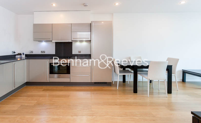 1 bedroom(s) flat to rent in Ross Way, Langdon Park, E14-image 2